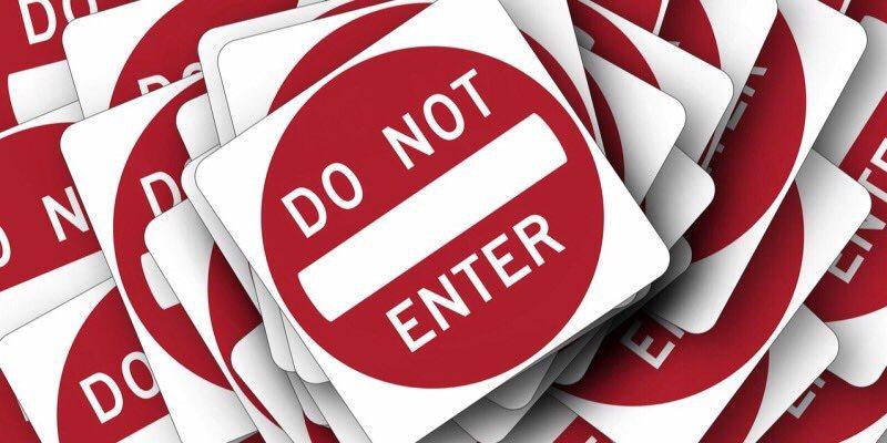 ¿Deberían los sitios web venir con una advertencia de contenido como las películas y la televisión?