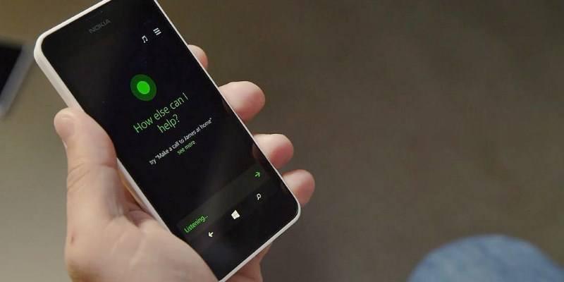 Cómo comprobar y eliminar los registros de Cortana de sus comandos de voz