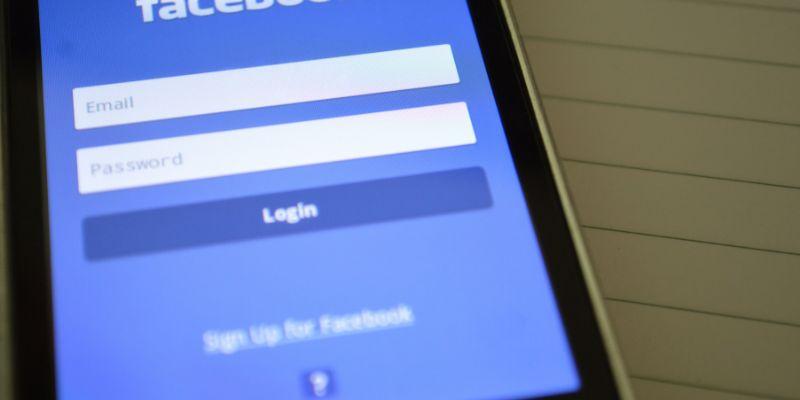Cómo convertir una cuenta de Facebook en un recuerdo