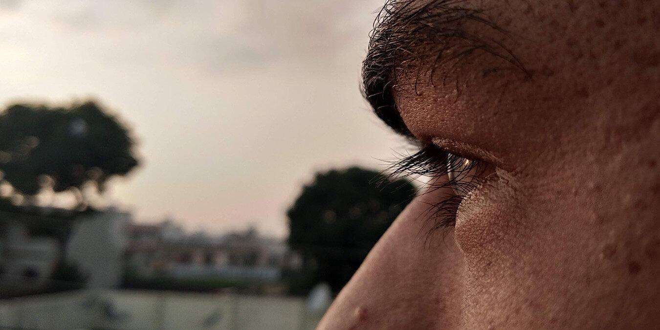 Unas lentes de contacto inteligentes ayudarán a las personas con trastornos oculares