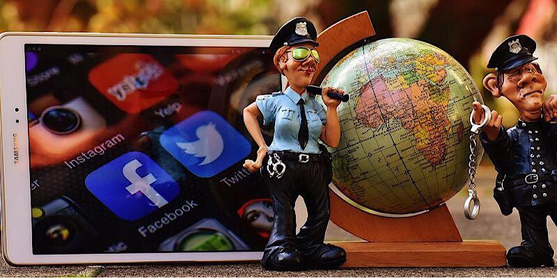 ¿Debería permitirse a los gobiernos obligar a las redes sociales a divulgar la información personal de las cuentas?
