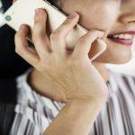 8 formas de prevenir el dolor de las articulaciones de la muñeca y el cuello por el uso prolongado del teléfono