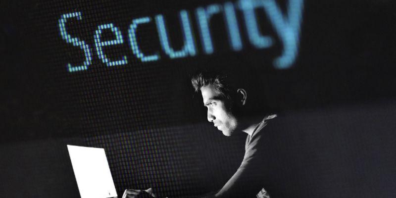 Proteja su cuenta de Facebook de los piratas informáticos