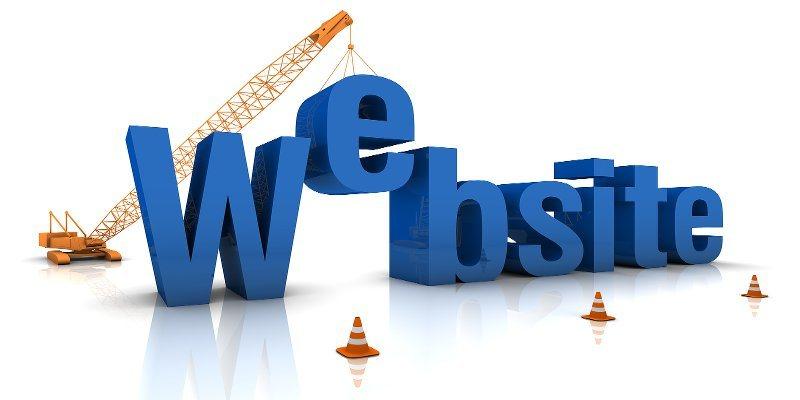 """Por qué hay que evitar a toda costa los """"sitios web gratuitos"""""""