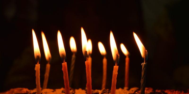 Feliz 30 cumpleaños - Datos curiosos sobre las imágenes GIF que probablemente no conozca