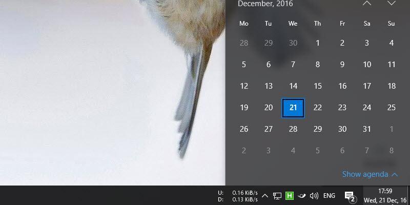Cómo mover el reloj a la esquina más a la derecha de la barra de tareas en Windows 10