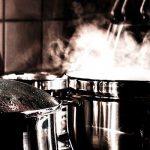 Imagine cenar en un restaurante con su comida cocinada por un robot