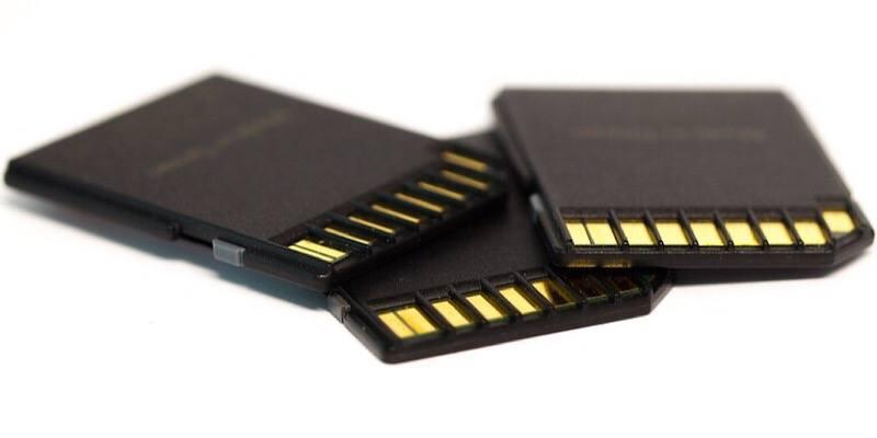 Las tarjetas de memoria usadas no son tan buen negocio: la mayoría de ellas conservan datos de su uso anterior