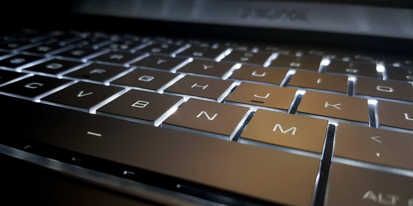 Trece herramientas útiles para trabajar con texto en la línea de comandos