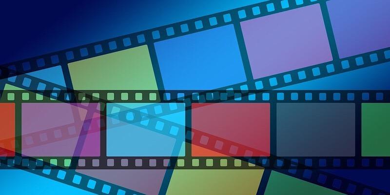¿Cuántas horas al día dedica a ver vídeos de forma colectiva?