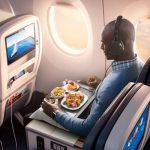 Cómo usar sus propios auriculares para entretenimiento en vuelo