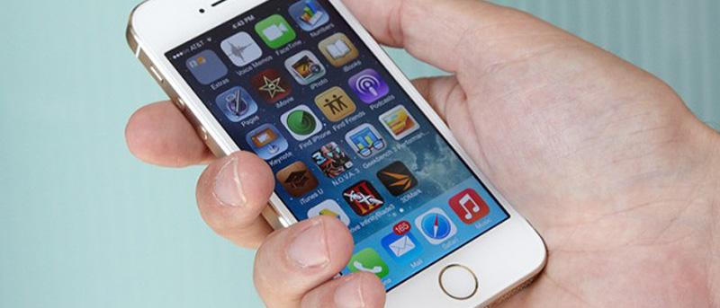 Cómo eliminar Facebook y contactos de correo electrónico de su iPhone