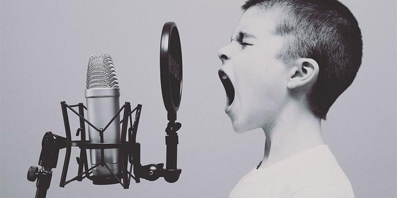 Cómo configurar un micrófono externo en su Mac