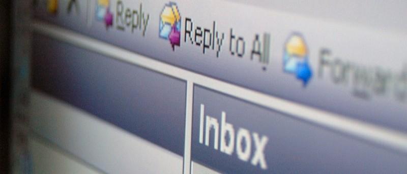 Cómo leer correos electrónicos en texto sin formato en diferentes clientes de correo electrónico