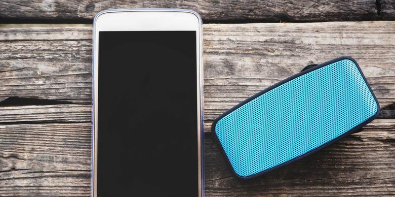 Cómo hacer un altavoz inteligente desde un dispositivo Android antiguo